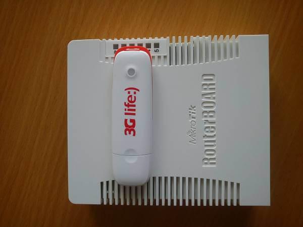 Внешний вид маршрутизатора с модемом