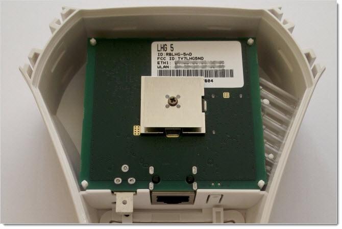 Плата Mikrotik LHG5 внутри корпуса