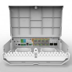 MikroTik netPower Lite 8P